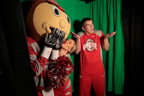 Brutus and the cheerleaders at the photobooth