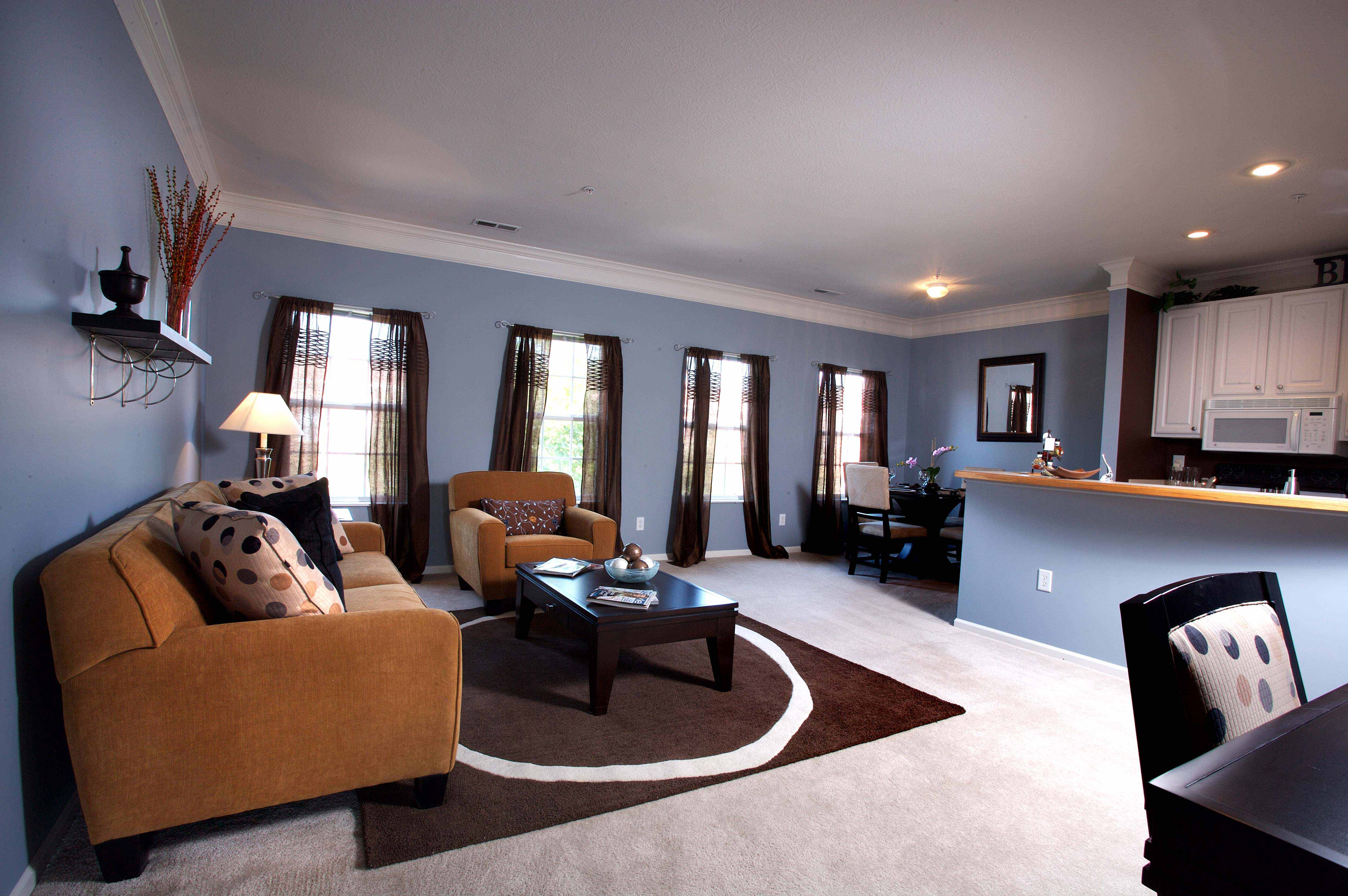 4011 Easton Way 500 : Off-Campus and Commuter Student Services